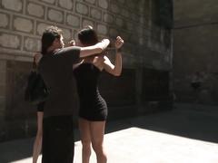 Лехи Бели с массажистом без проблем вступает в отношения